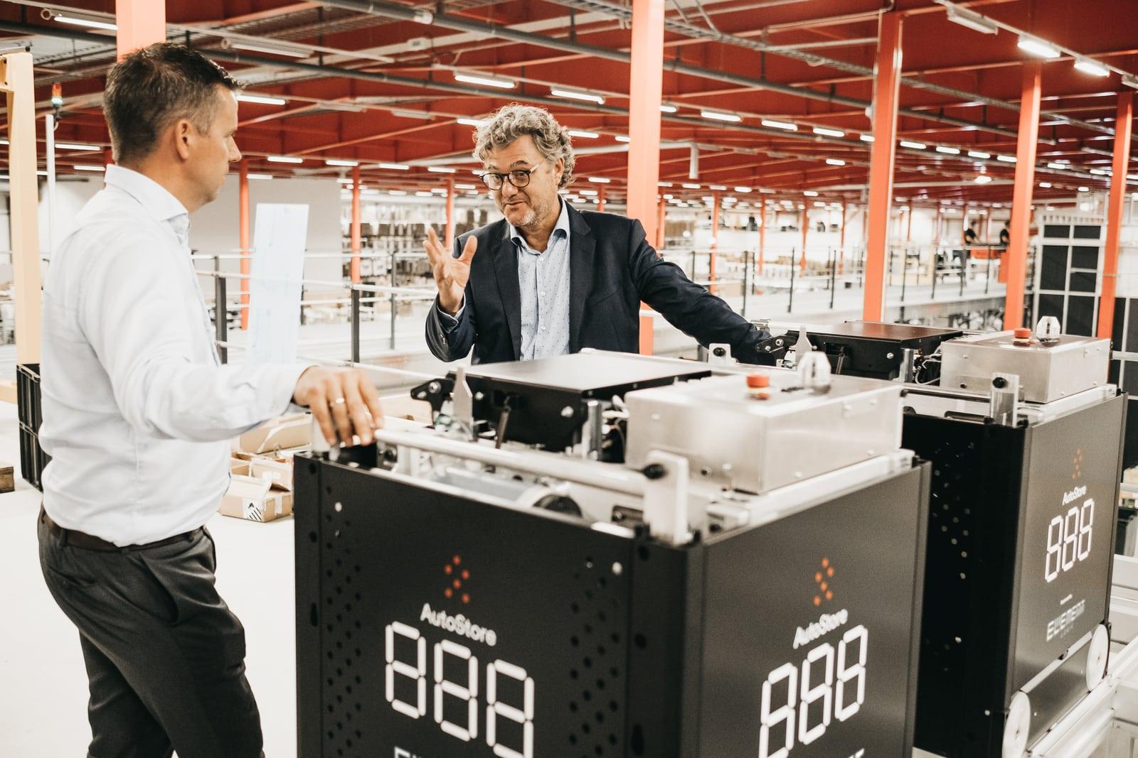 Niels Hemmingsen z Boozt i Håvard Hallås z Element Logic z AutoStore Black Line