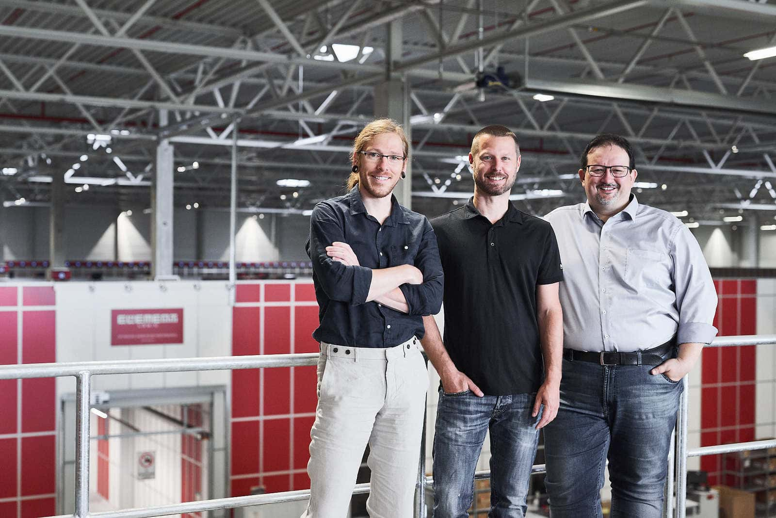Thomas Klein i Ronny Höhn z Bergfreunde oraz Michael Kawalier z Element Logic
