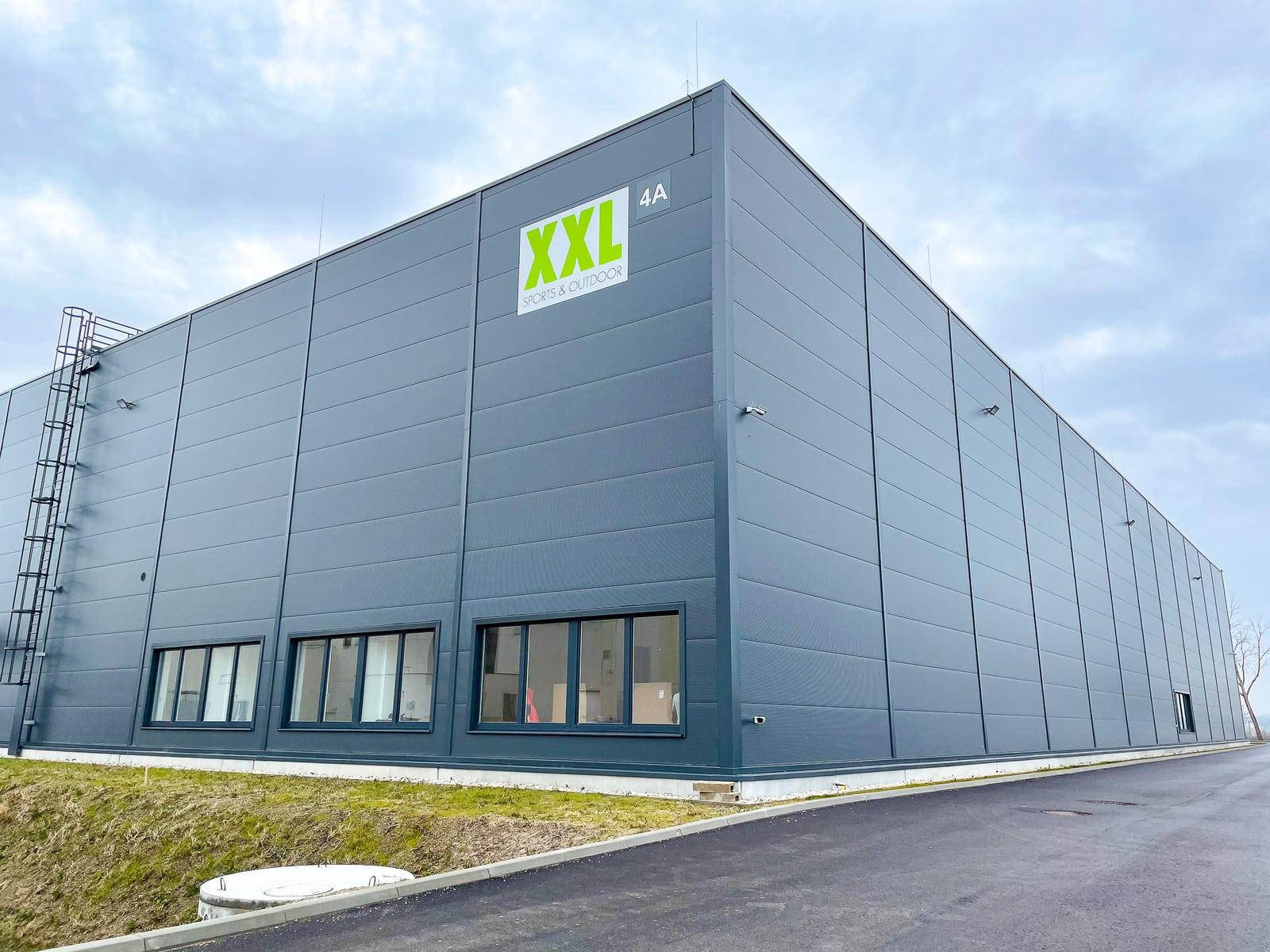 Budynek Centrum Dystrybucyjne Austria (CDA) XXL od strony zewnętrznej